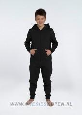 zwarte-onesie-comfy-kids